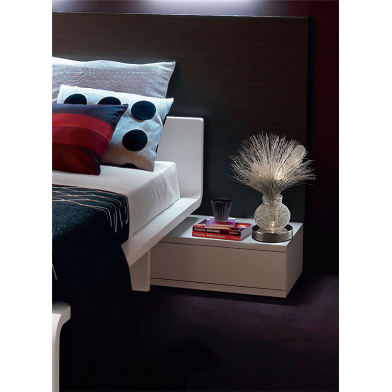 Table Lamp 4 Light Silver/Polished Chrome Base/Sleek Wire Strands
