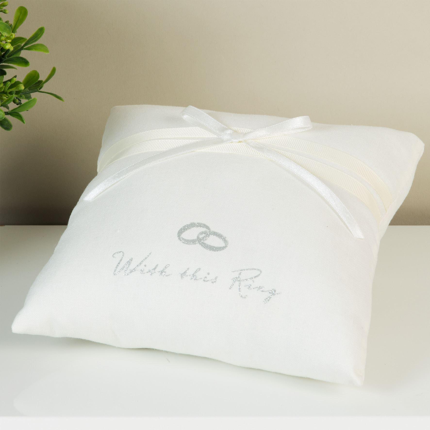 Amore Ring Cushion